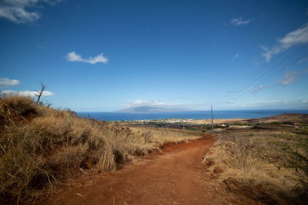 Hiking the Lahaina L Trail Maui Hawaii