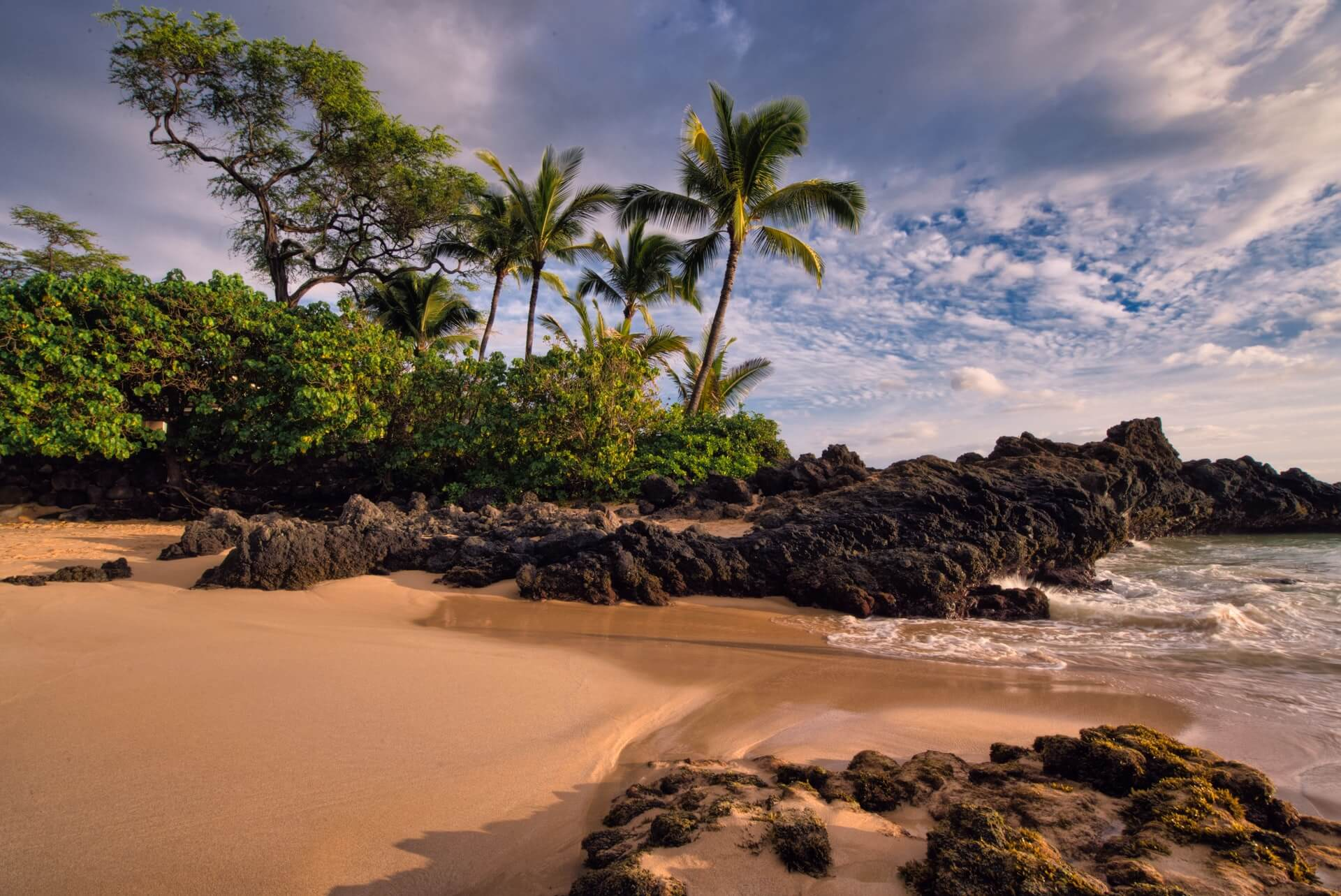 Beautiful secrets Beach in South Maui
