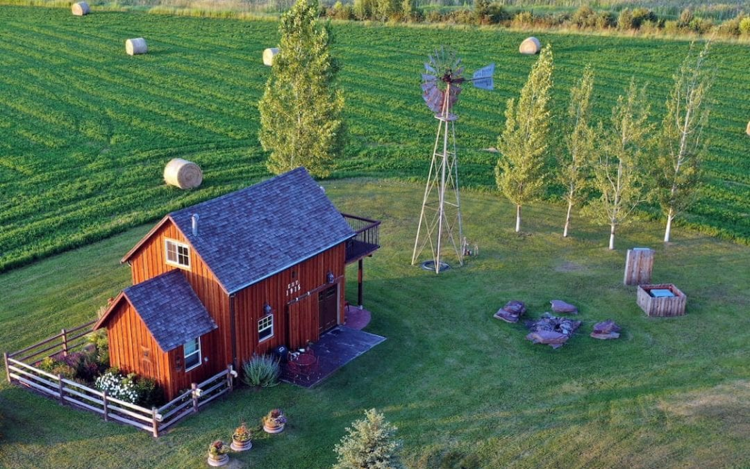 15 Epic Montana Airbnbs for an Outdoor Getaway