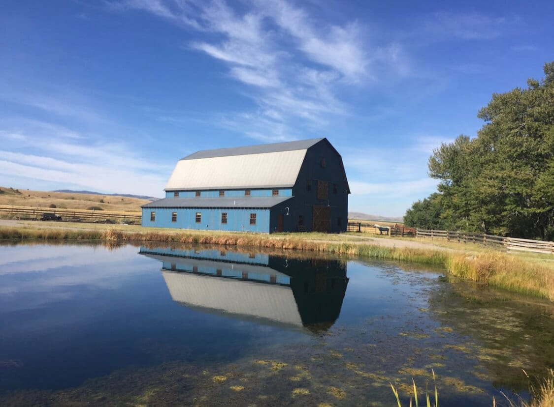 The Blue Barn Over Yonder an Airbnb in Montana