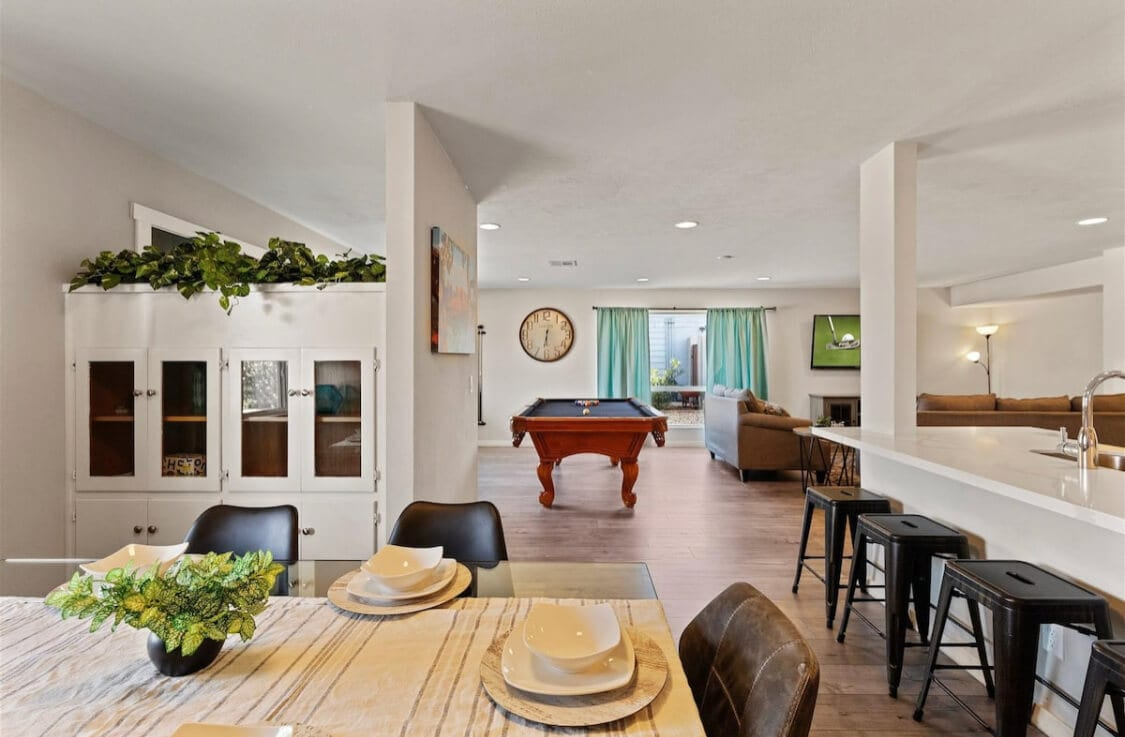 The Earll Airbnbs in Scottsdale